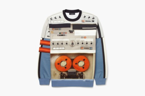 givenchy-printed-tape-deck-sweatshirt-01-960x640
