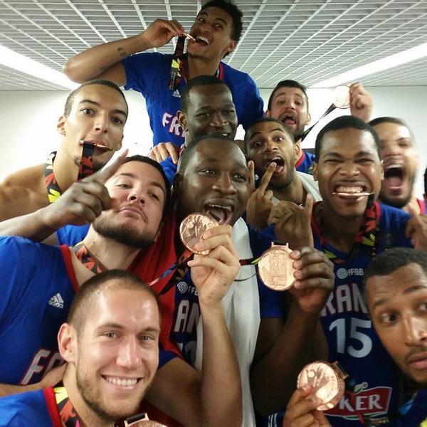 (Re)découvrez Imprévisibles, le doc sur l'équipe de France de basket